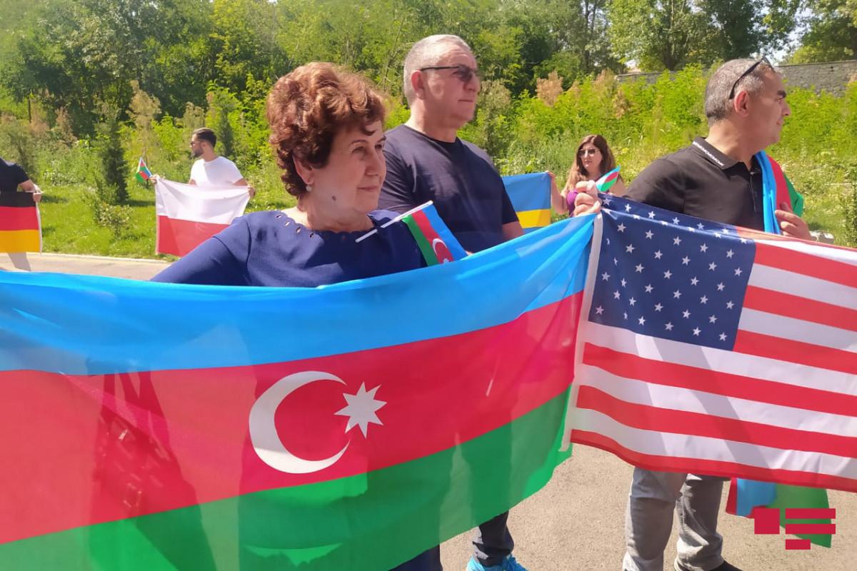 Начался визит представителей азербайджанской диаспоры в Шушу-ОБНОВЛЕНО -ФОТО