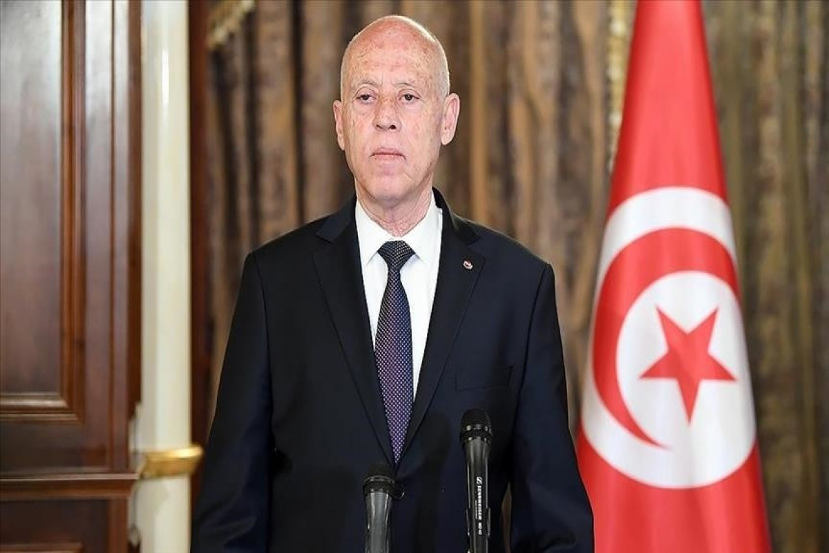 Tunisian president dismisses some top state officials