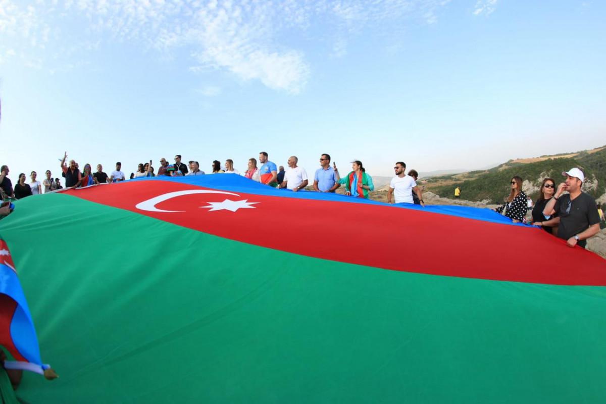 "Diaspora representatives waved Azerbaijani flag in Jidir plain-<span class=""red_color"">PHOTO"