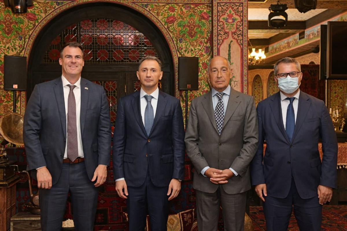 Рашад Набиев обсудил с губернатором из США концепцию «Умная деревня»