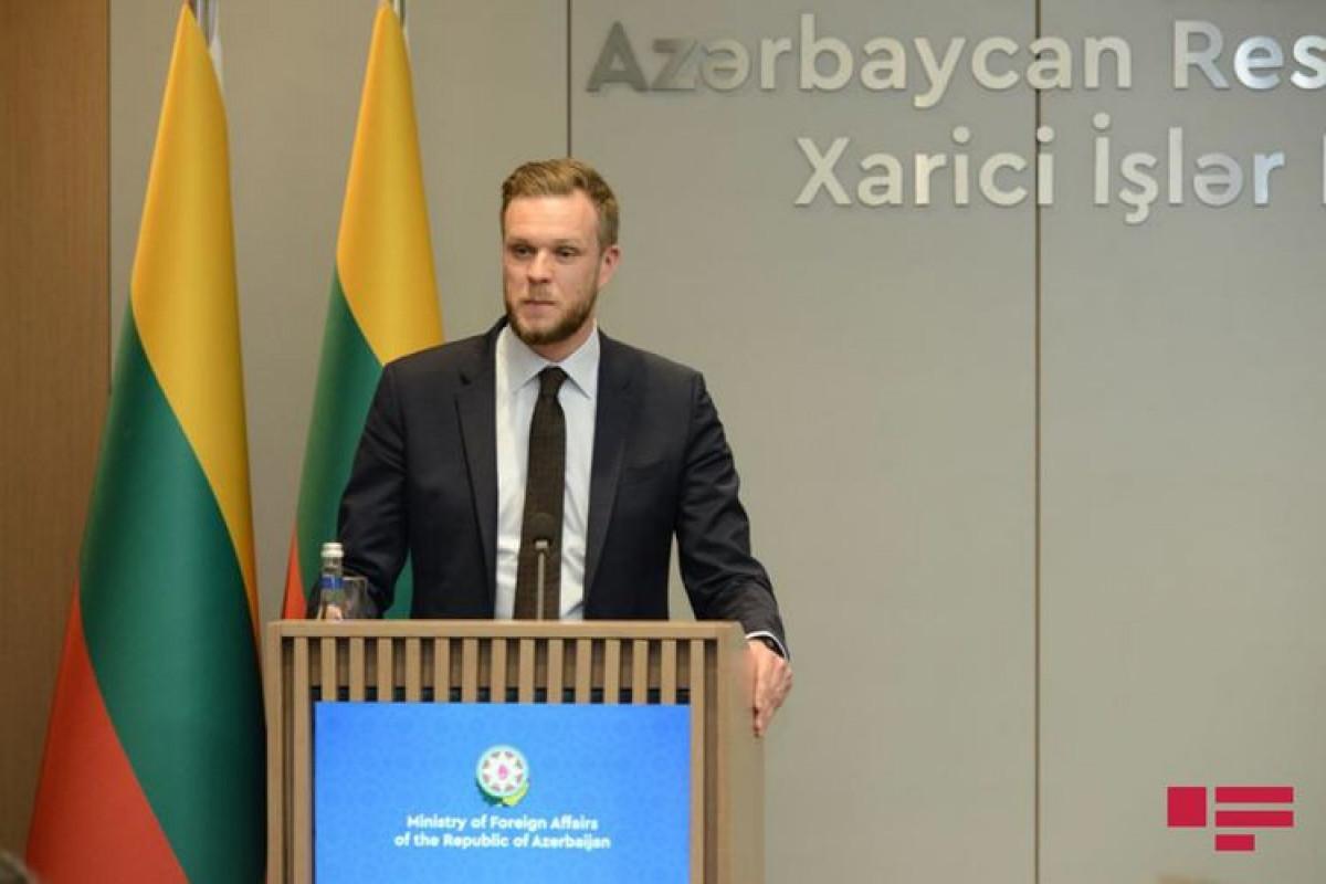 Litva XİN: Qanunsuz miqrant axını dayandırılsa, Belarusa yeni sanksiyalar tətbiq olunmayacaq