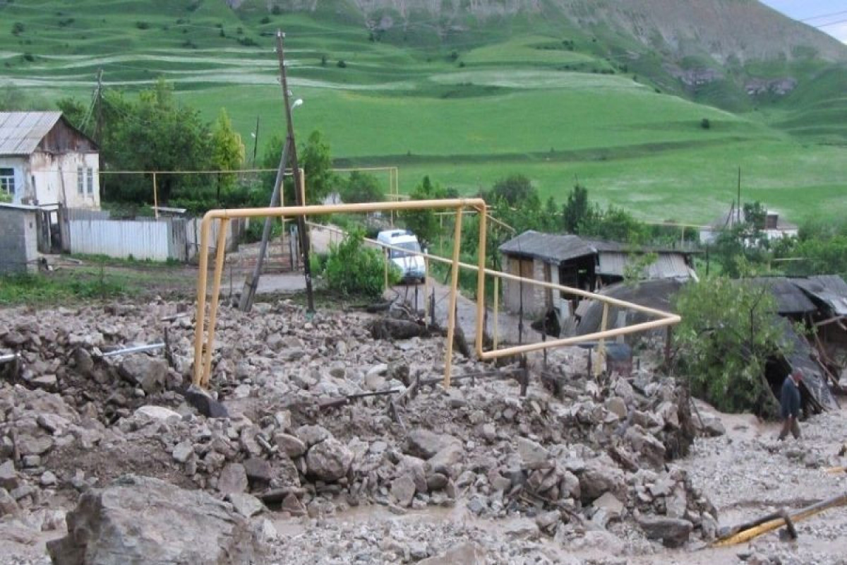 Сход селя повредил жилые дома в Дагестане