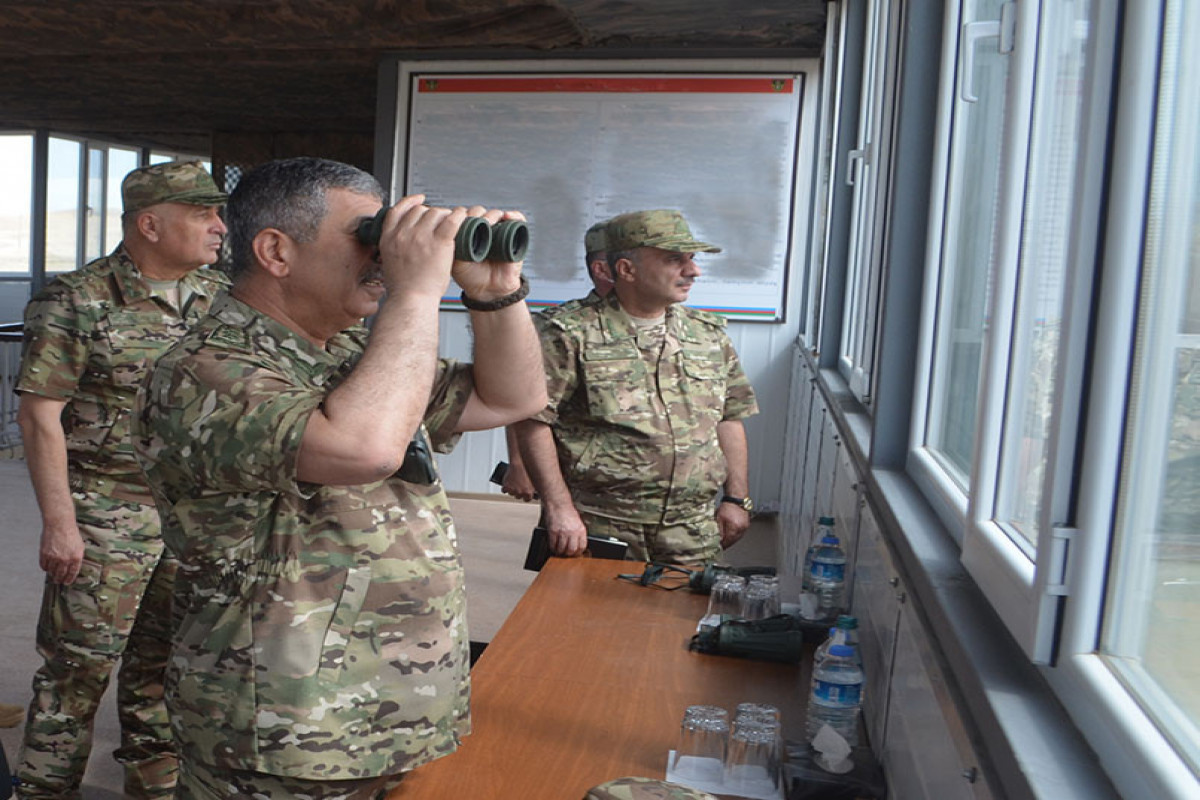 """Defense Minister inquired about the progress of the Officers Advanced Professional Training and Improvement Courses-<span class=""""red_color"""">PHOTO"""