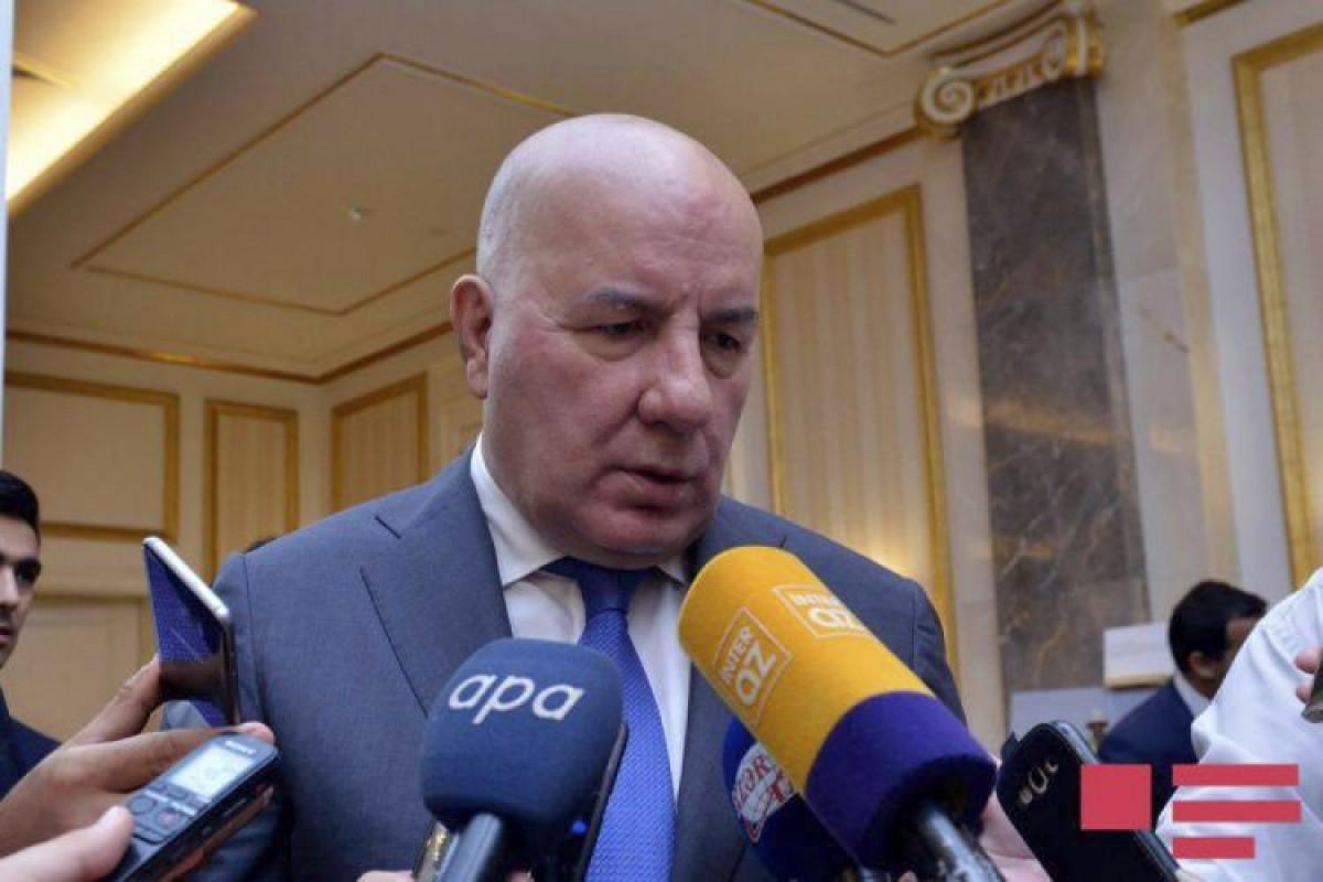 """Elman Rüstəmov: """"Neft 65 dollar olduğu halda cari hesabın profisiti bu il ÜDM-nin 6,5% səviyyəsində proqnozlaşdırılır"""""""