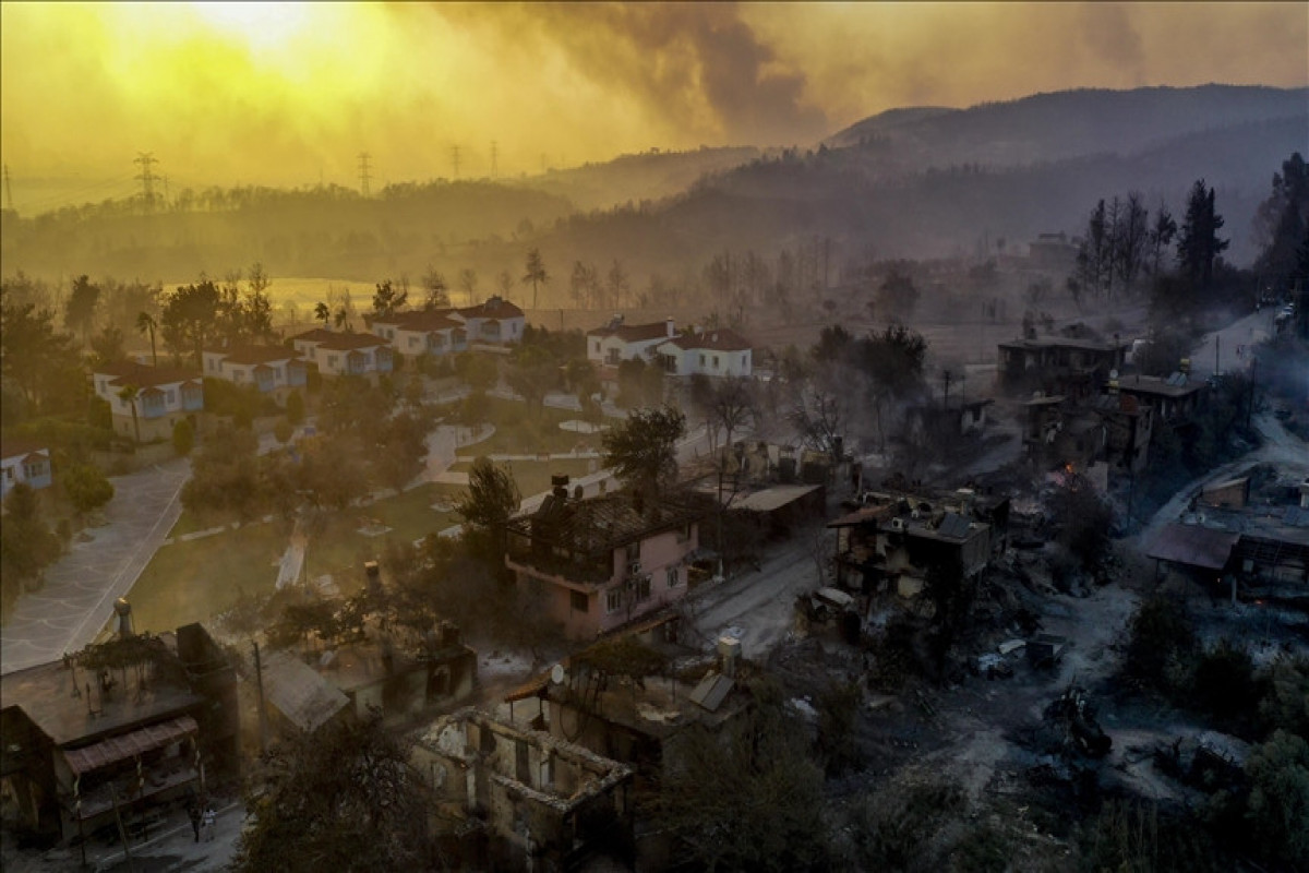 Turkey fights forest fires raging through country