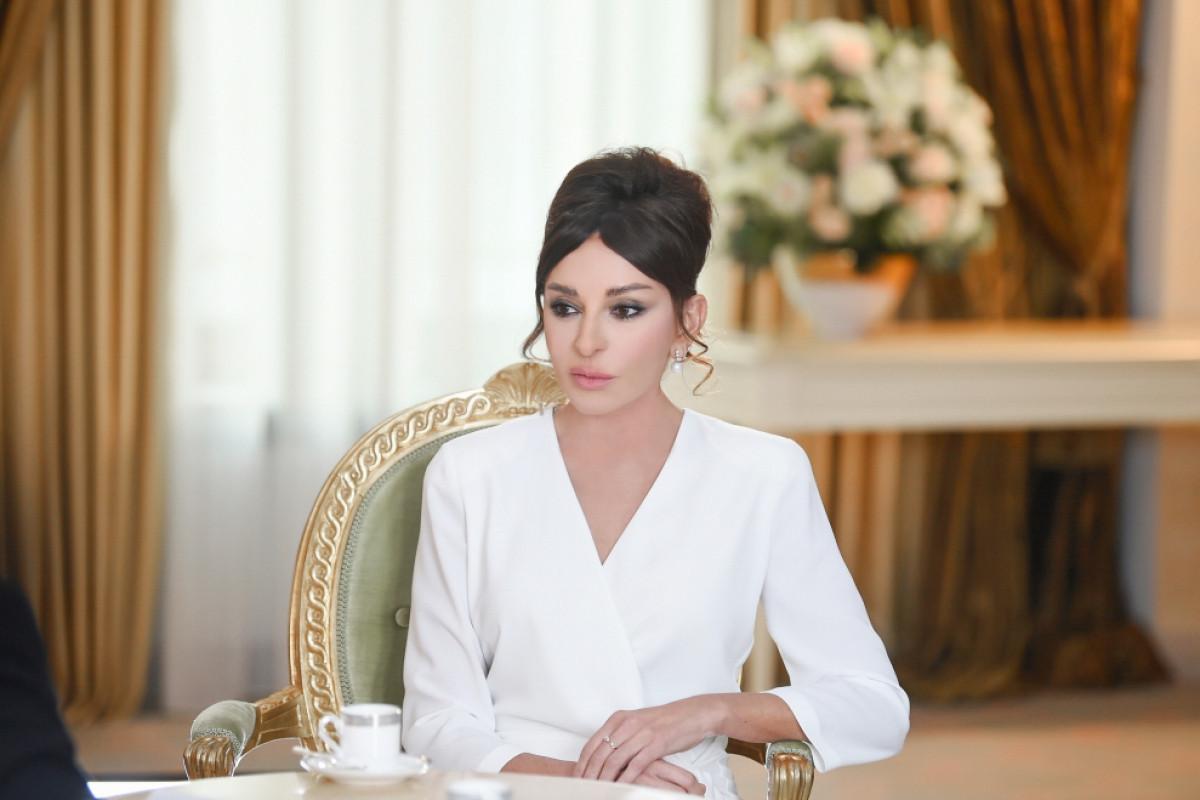 First Vice-President Mehriban Aliyeva makes post on International Children