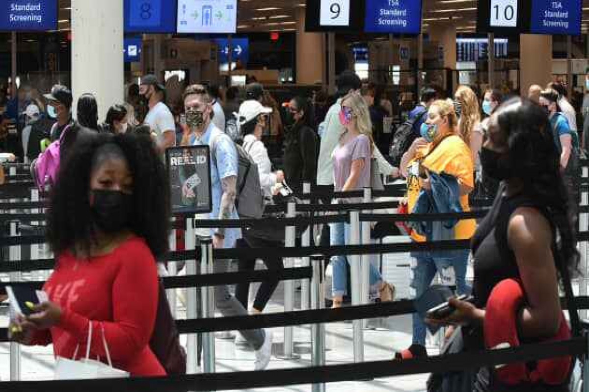 U.S. air travel reaches pandemic high as peak season kicks off