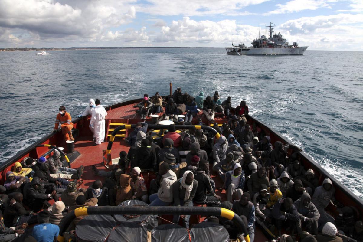 Tunis sahillərində gəminin qəzaya uğraması nəticəsində azı 23 nəfər ölüb