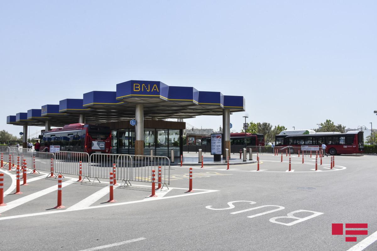 Очередной автобусный маршрут в Баку переходит на карточную систему оплаты