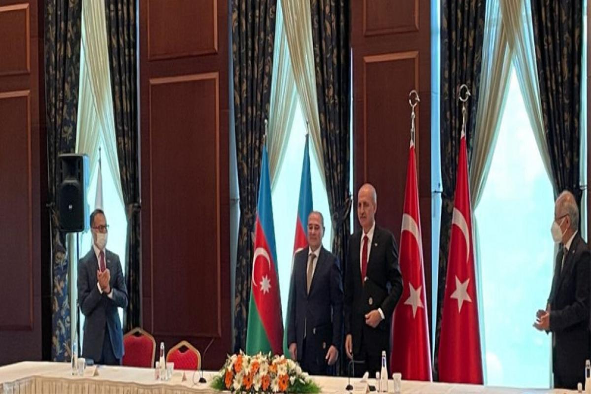 Ankarada YAP və AKP əməkdaşlığa dair niyyət protokolu imzalayıb