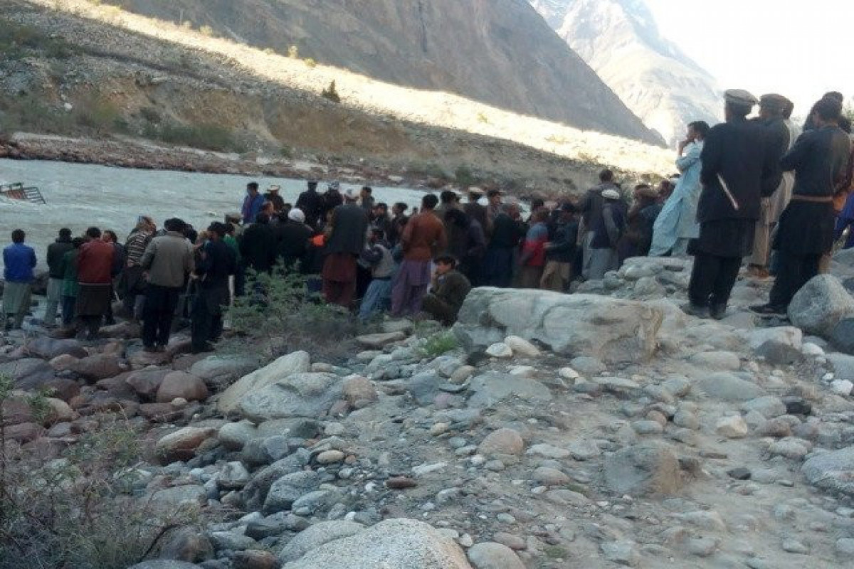 8 dead after vehicle plunges in river in N. Afghanistan