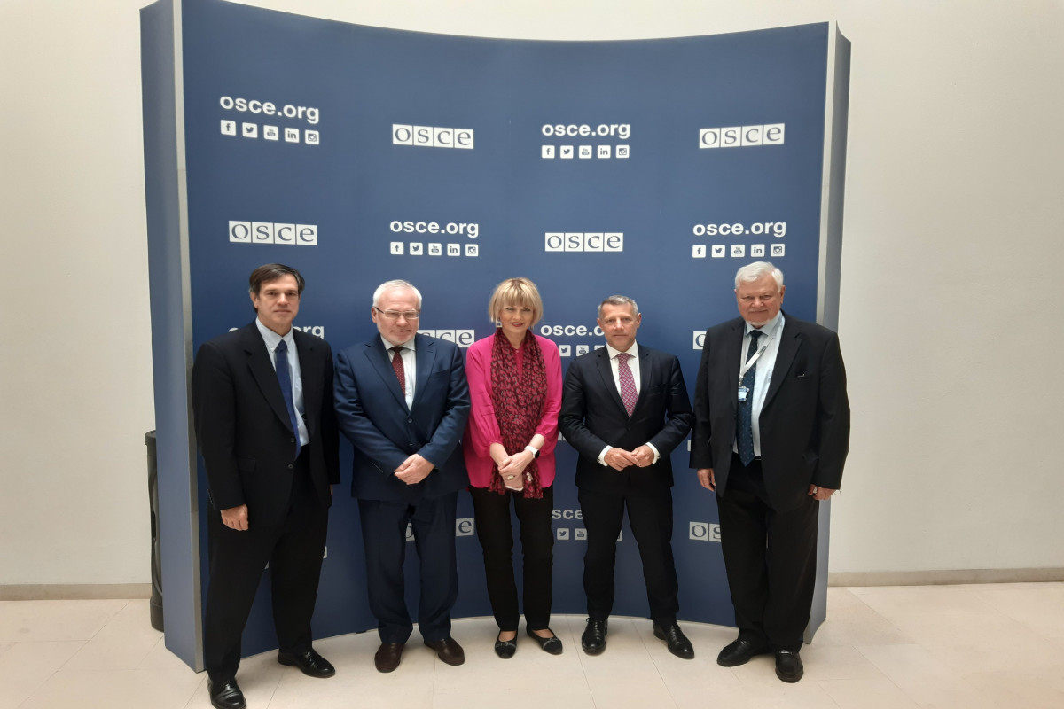 OSCE Secretary General meets with co-chairs