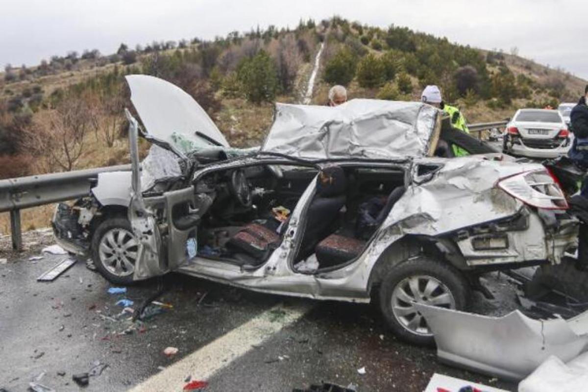 Türkiyədə yol qəzasında 9 nəfər ölüb