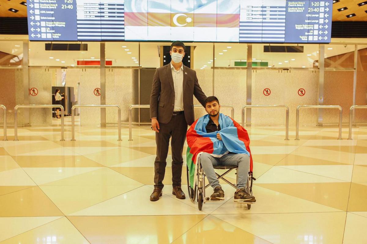 Из Турции на родину после лечения вернулись 6 участников войны