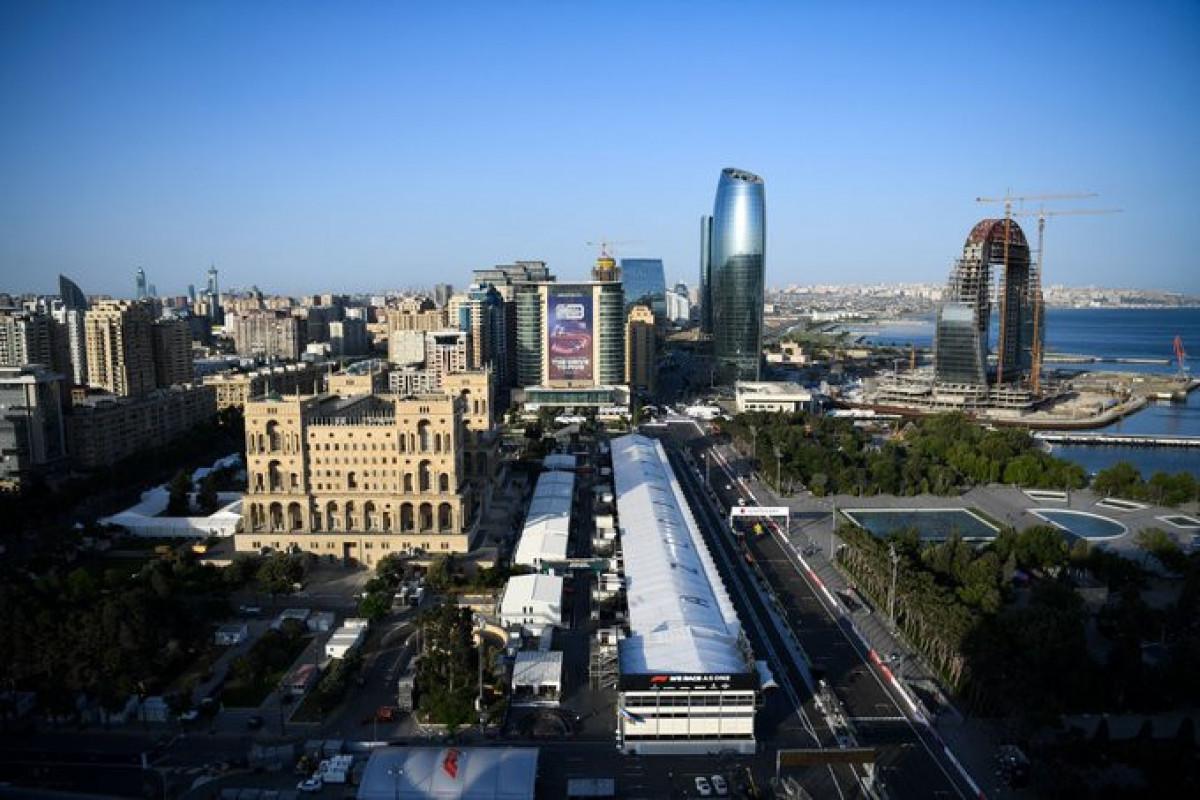 Formula 1: First free race started in Baku