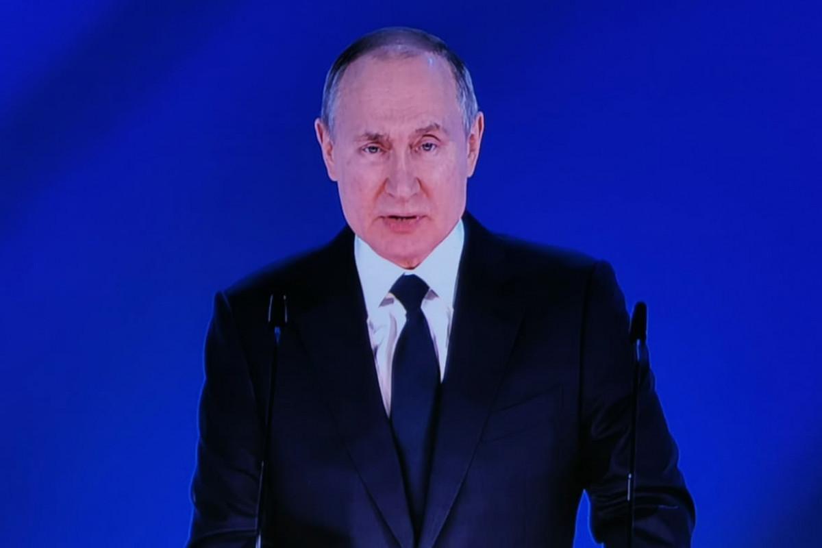 """Putin: """"""""Şimal Axını-2"""" qaz kəmərinin birinci xəttinin tikintisi başa çatıb"""""""