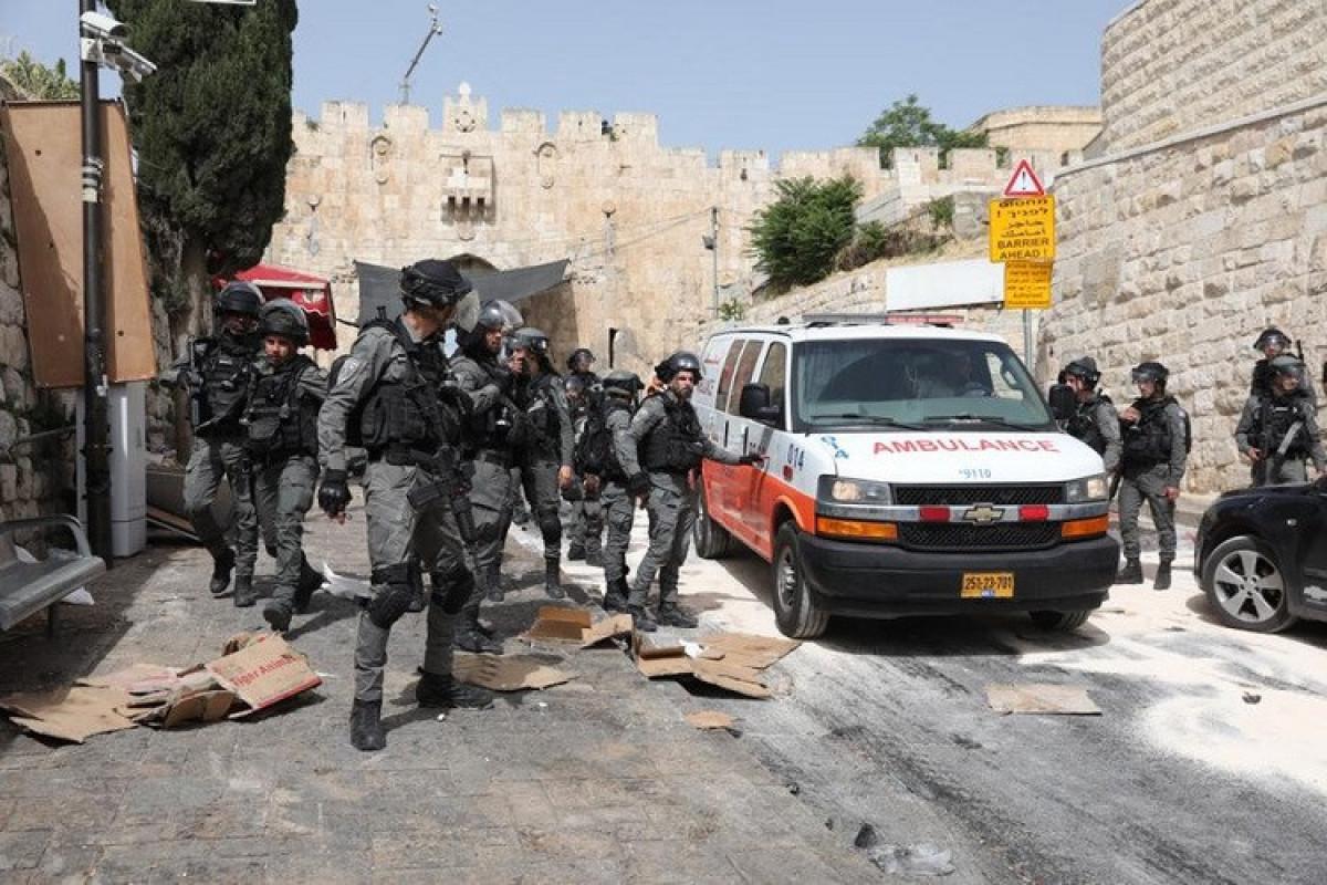 İordan çayının qərb sahilində İsrail əsgərləri ilə toqquşmalarda 300-dək fələstinli yaralanıb