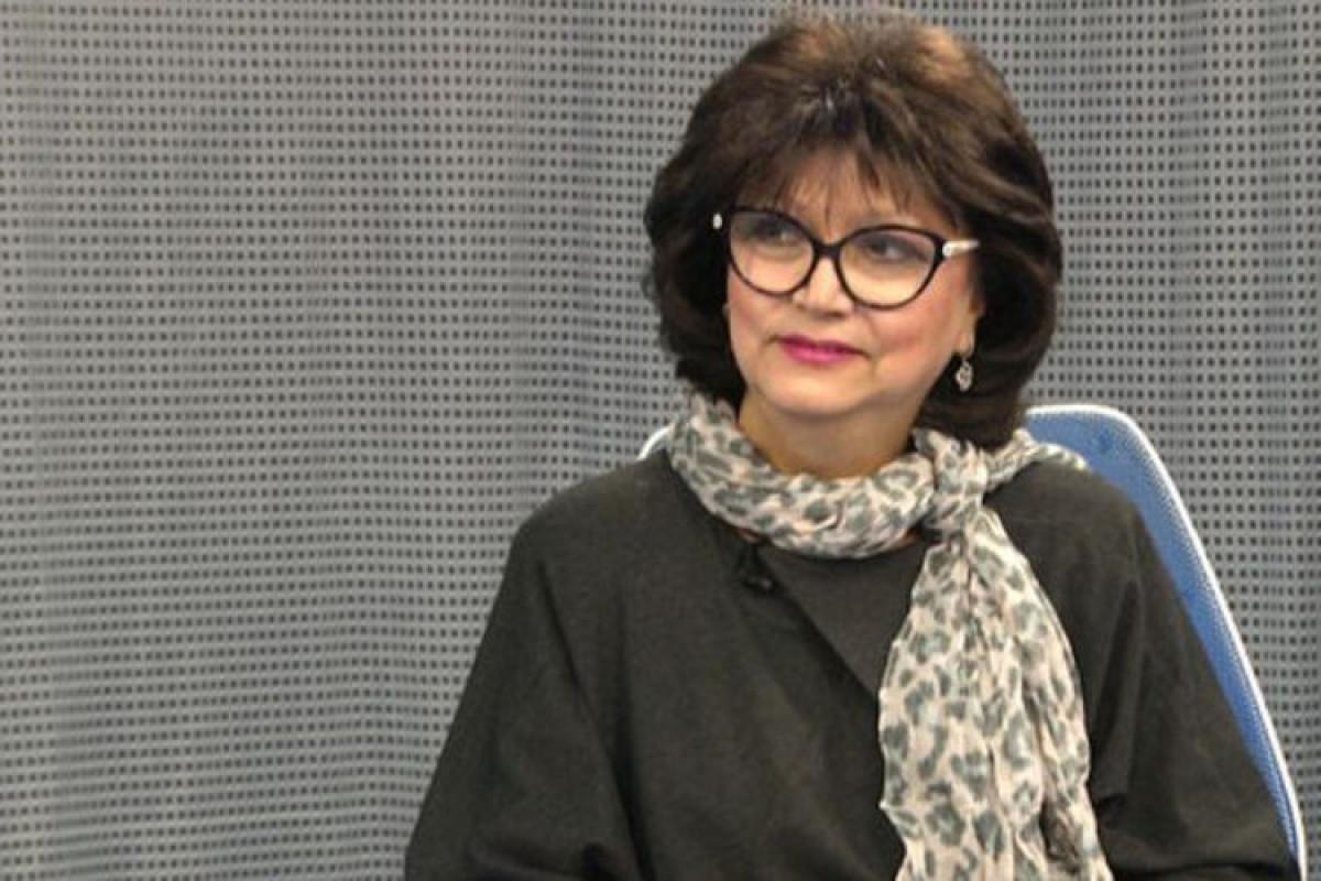 """Xalq artisti Xuraman Qasımova """"İstiqlal"""" ordeni ilə təltif edilib"""