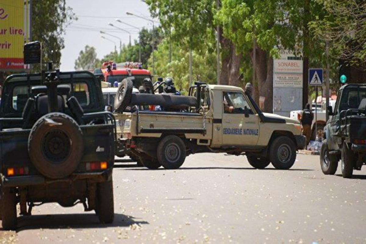 Число жертв нападения боевиков на деревню в Буркина-Фасо достигло 160
