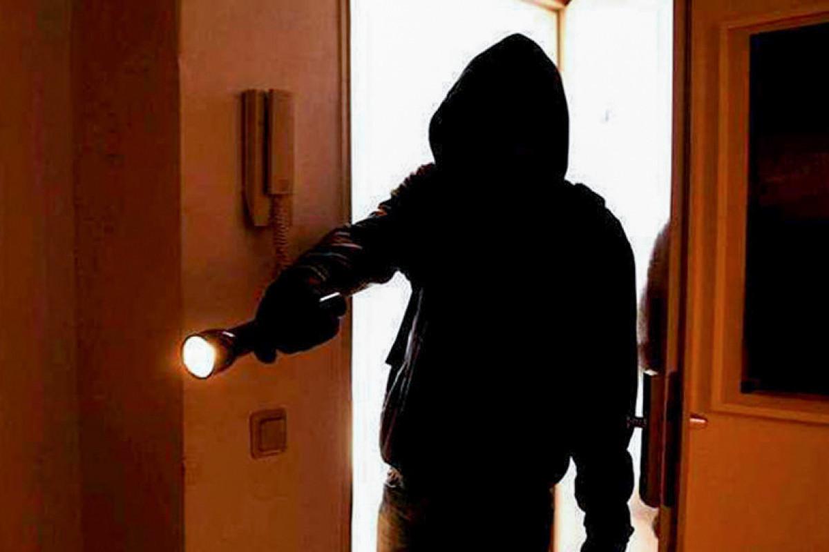 В Хачмазе совершена кража на 100 тысяч манатов