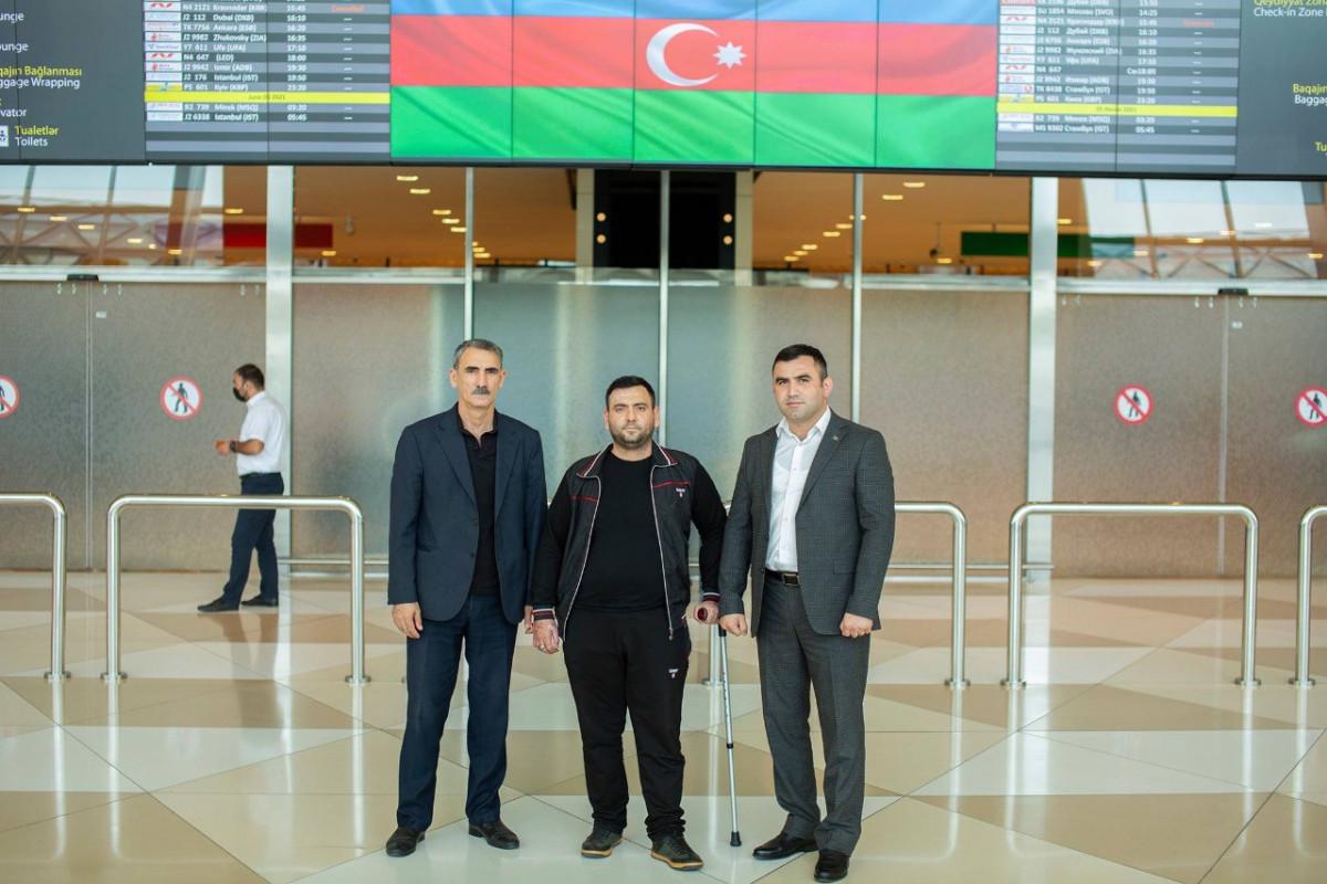 Türkiyəyə göndərilən daha 5 qazi sağalaraq geri dönüb