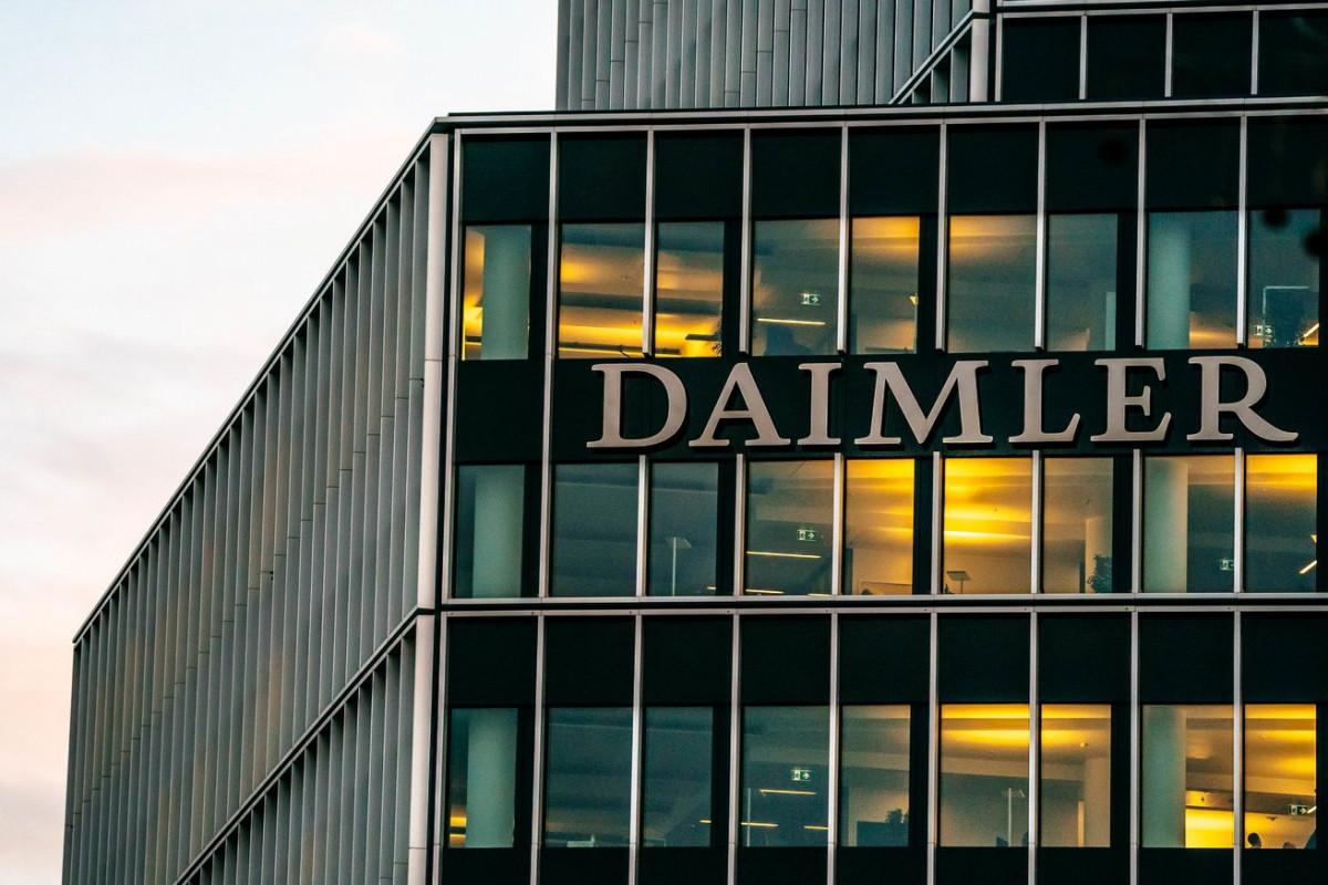 """""""Daimler"""" Avropadakı avtosalon və servis mərkəzlərinin bir qismini satmaq niyyətindədir"""