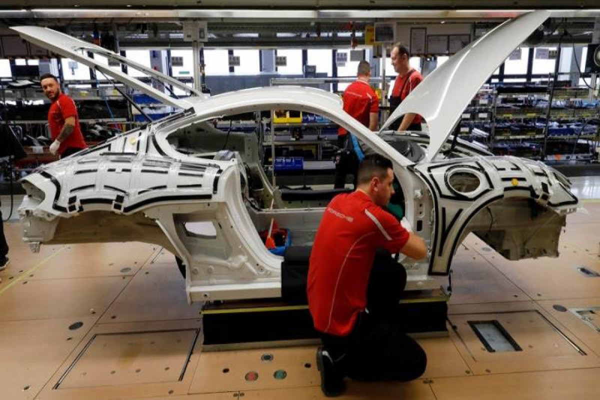 German industrial production loses 1% in April