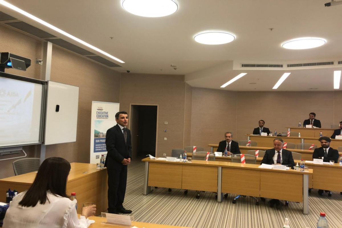ADA Universitetində əfqanıstanlı diplomatlar üçün kurs keçirilir