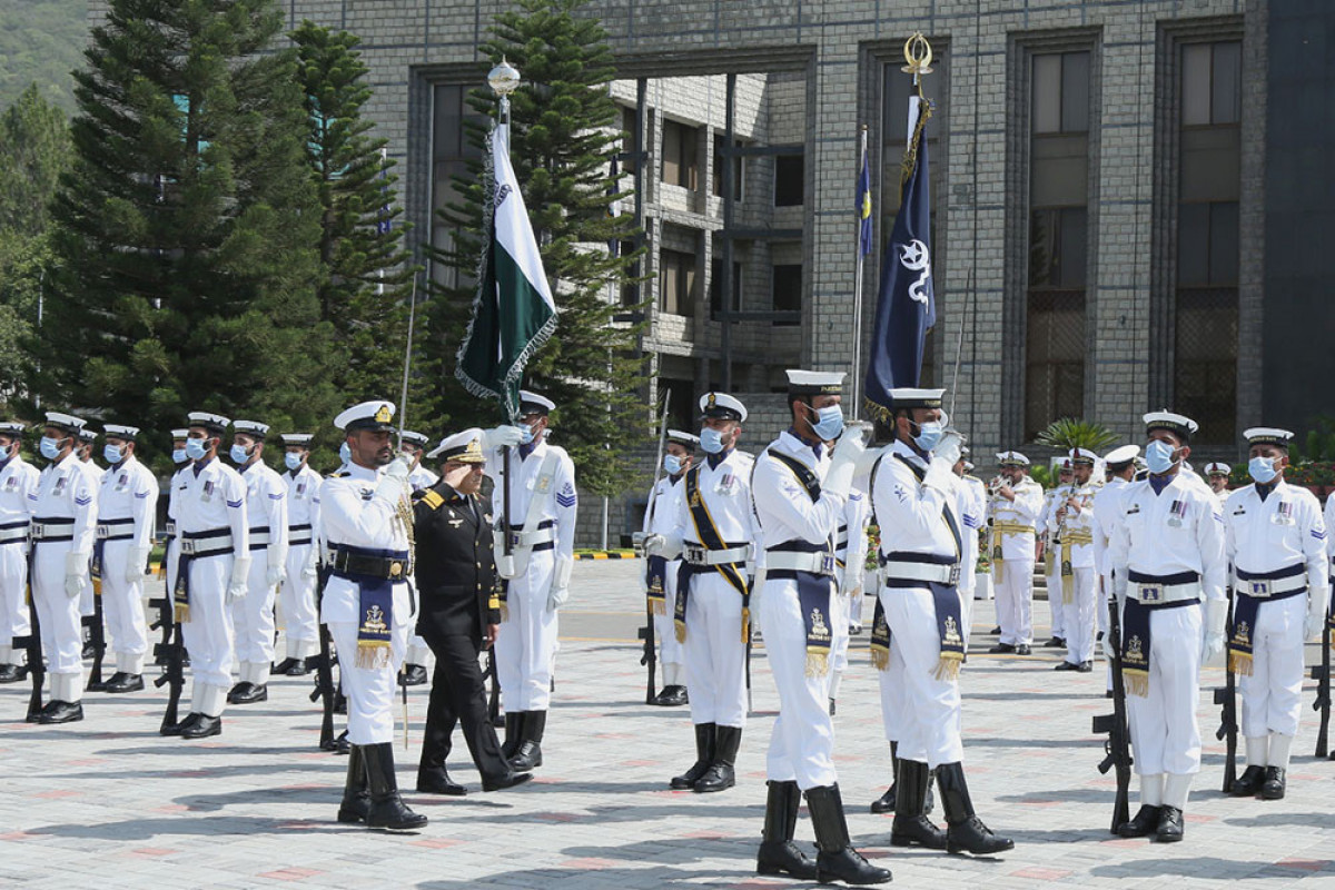 Azərbaycan və Pakistan hərbi dəniz qüvvələrinin komandanları arasında görüş keçirilib - <span class=