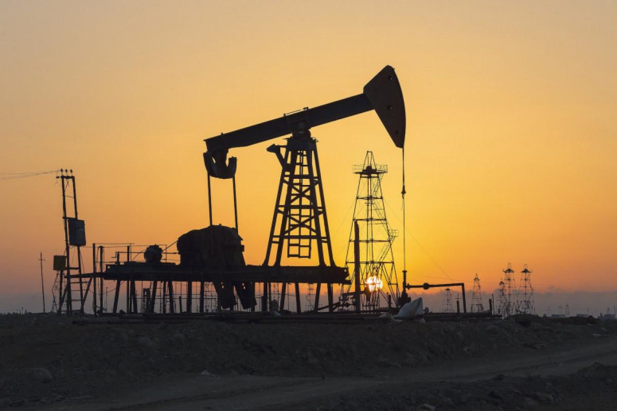 """EIA """"Brent"""" neftinin builki orta qiyməti üzrə proqnozunu yüksəldib"""