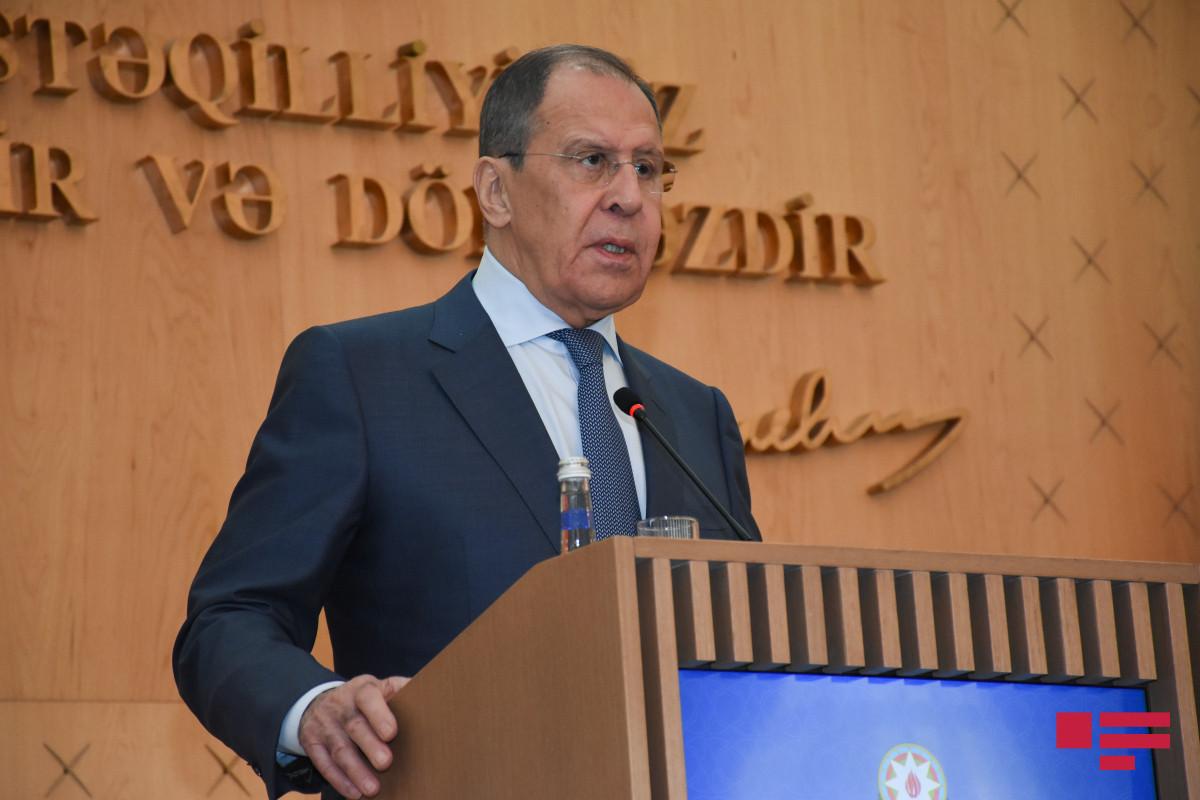 Лавров: Мы помогаем восстановить мирную жизнь в Нагорном Карабахе