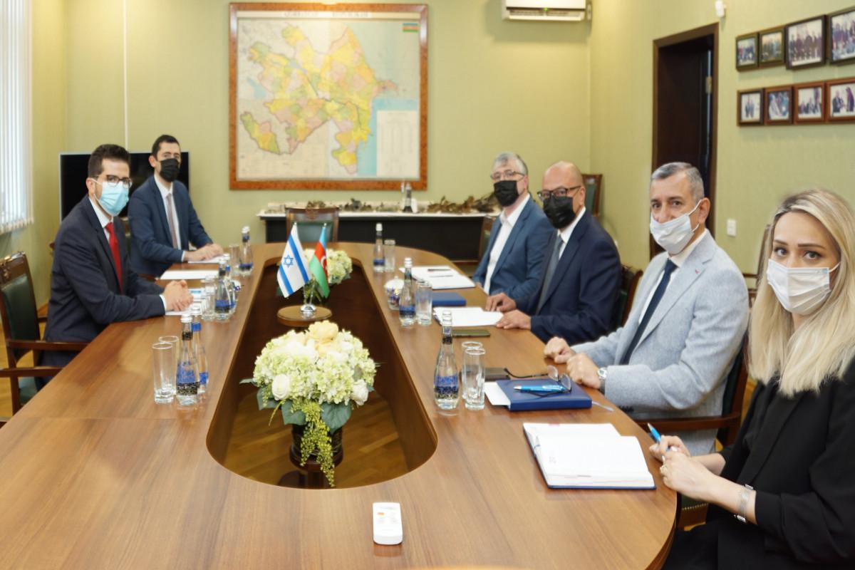Состоялось обсуждения поддержки Израиля Азербайджану в деятельности по разминированию
