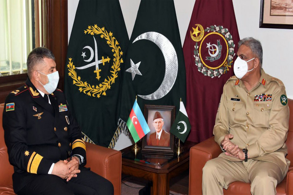Azərbaycan HDQ komandanı ilə Pakistanın Quru Qoşunları komandanı arasında görüş keçirilib