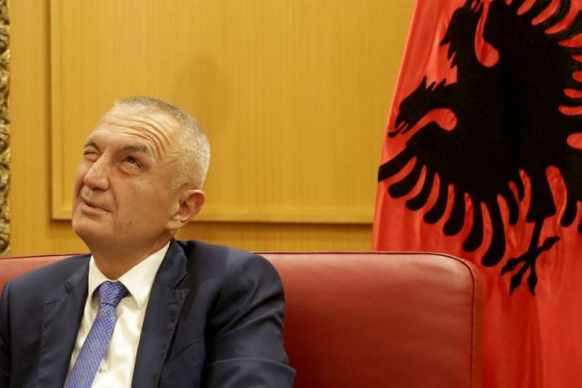 Albaniya parlamenti ölkə prezidentinin impiçmentinə səs verib
