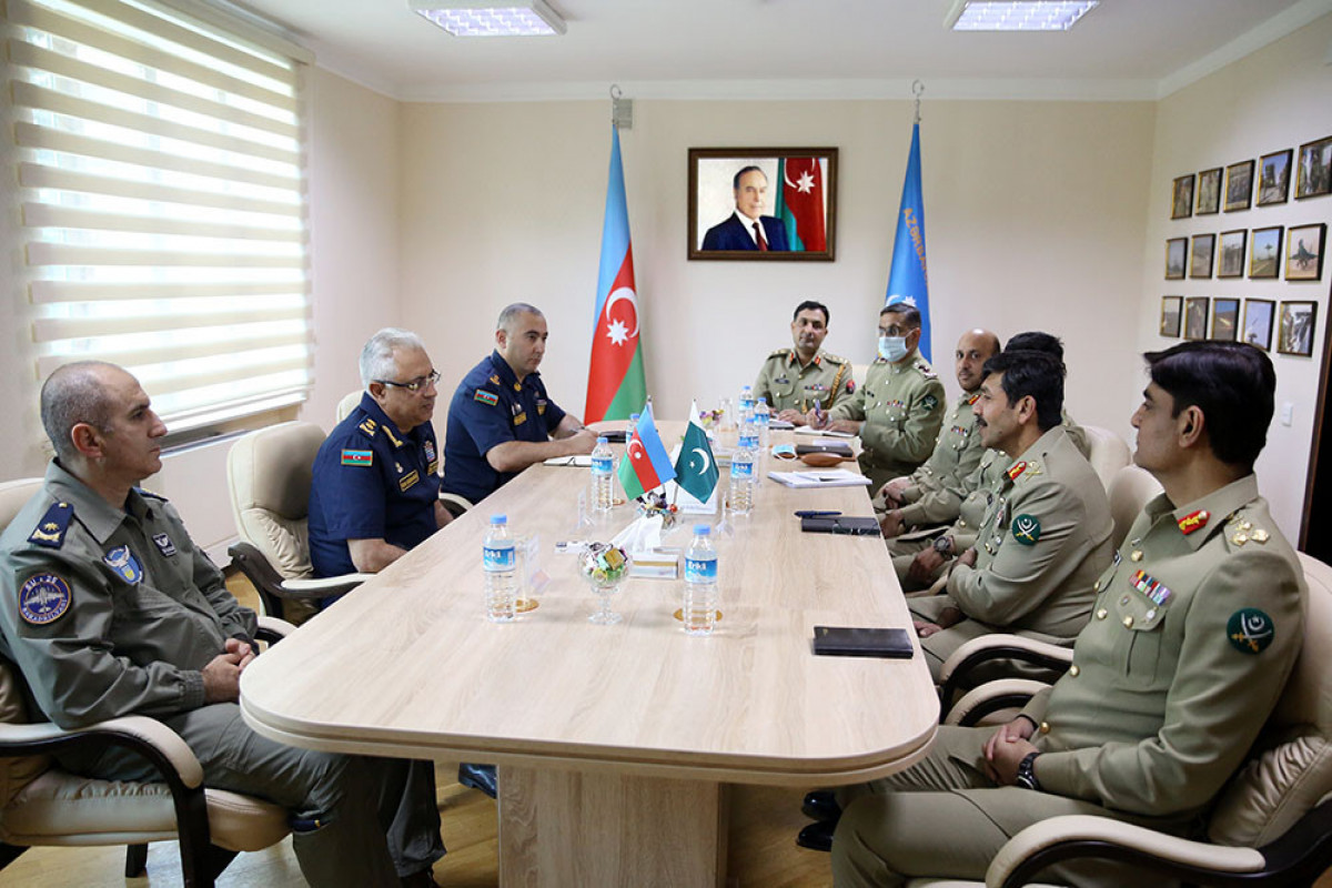 Azerbaijani MoD: Issues in the sphere of military aviation between Azerbaijan and Pakistan were discussed in Baku