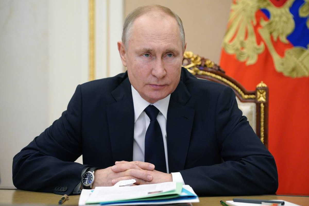 Putin: Russian economy recovering, though pandemic not over