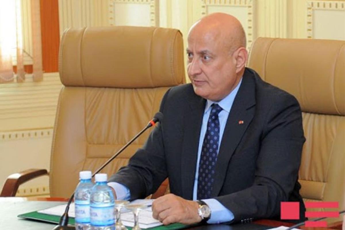 Экс-гендиректор ИСЕСКО выступил с заявлением, осуждающим визит Гарегина II в Ханкенди