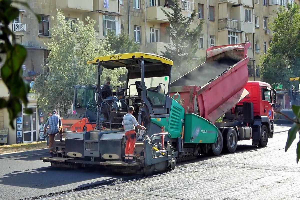 Xətai rayonu üzrə 11,4 km uzunluğa malik küçədə təmir işləri aparılır - <span class=
