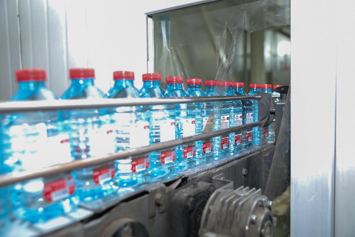 Keyfiyyətli su sağlamlığın təminatçısıdır: İçməli su seçərkən nəyə diqqət yetirilməlidir? - <span class=