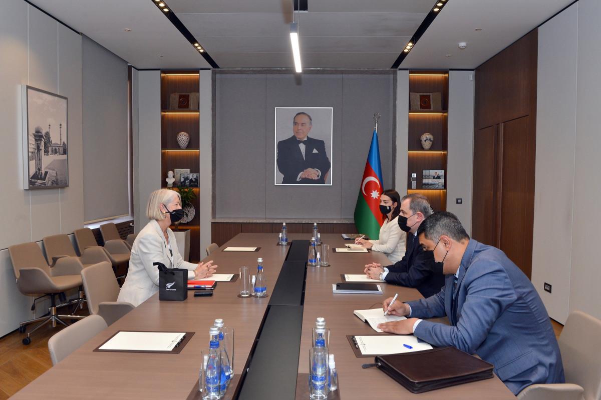 Джейхун Байрамов встретился с новым послом Новой Зеландии