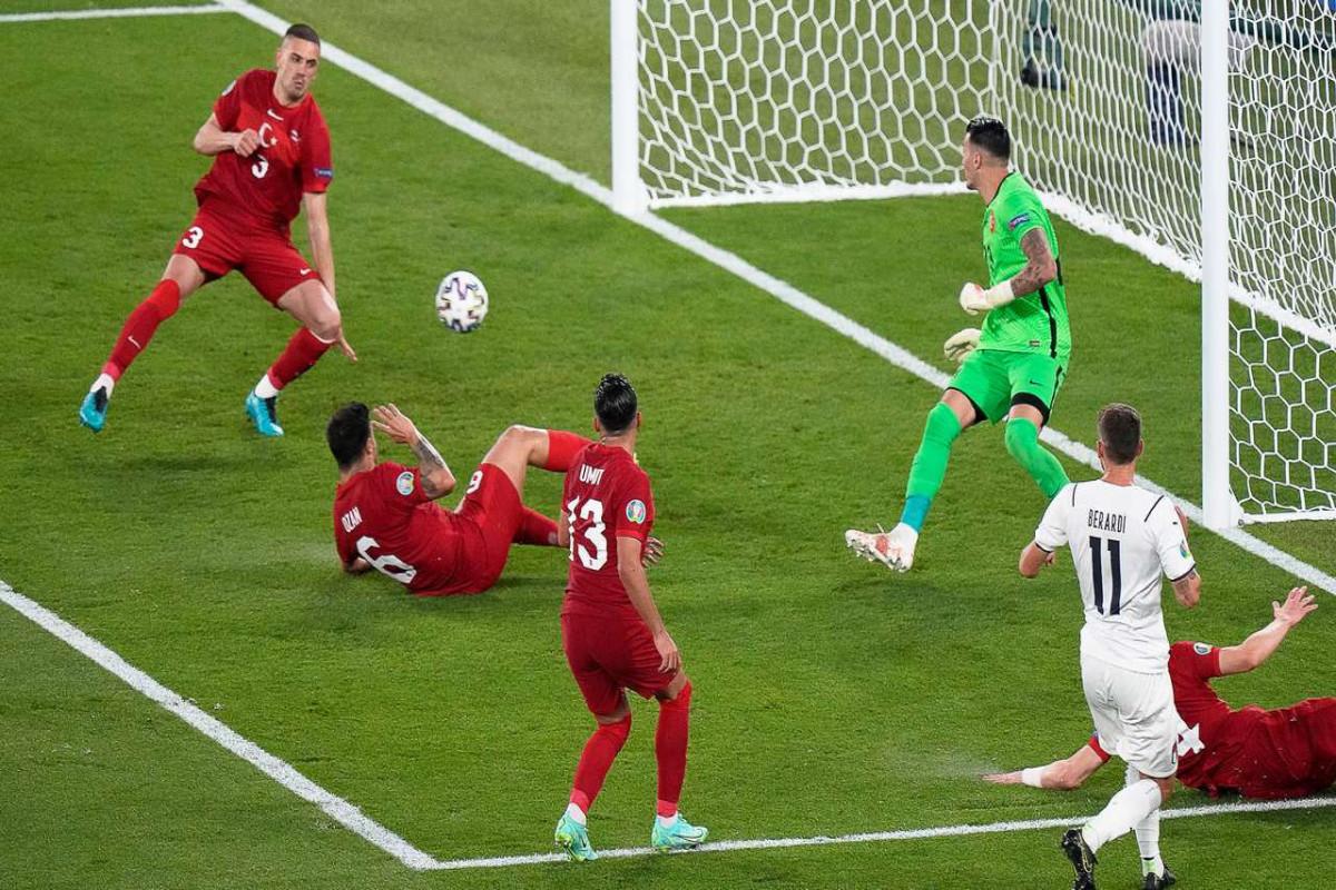 Турция уступила Италии в стартовом матче Евро-2020