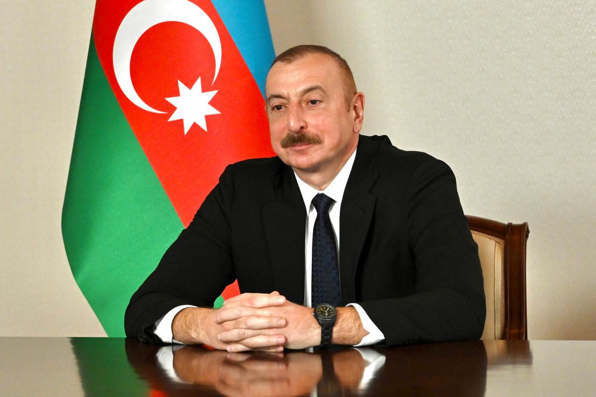 Prezident İlham Əliyev günəş elektrik stansiyasının tikintisi müqaviləsini təsdiqləyib