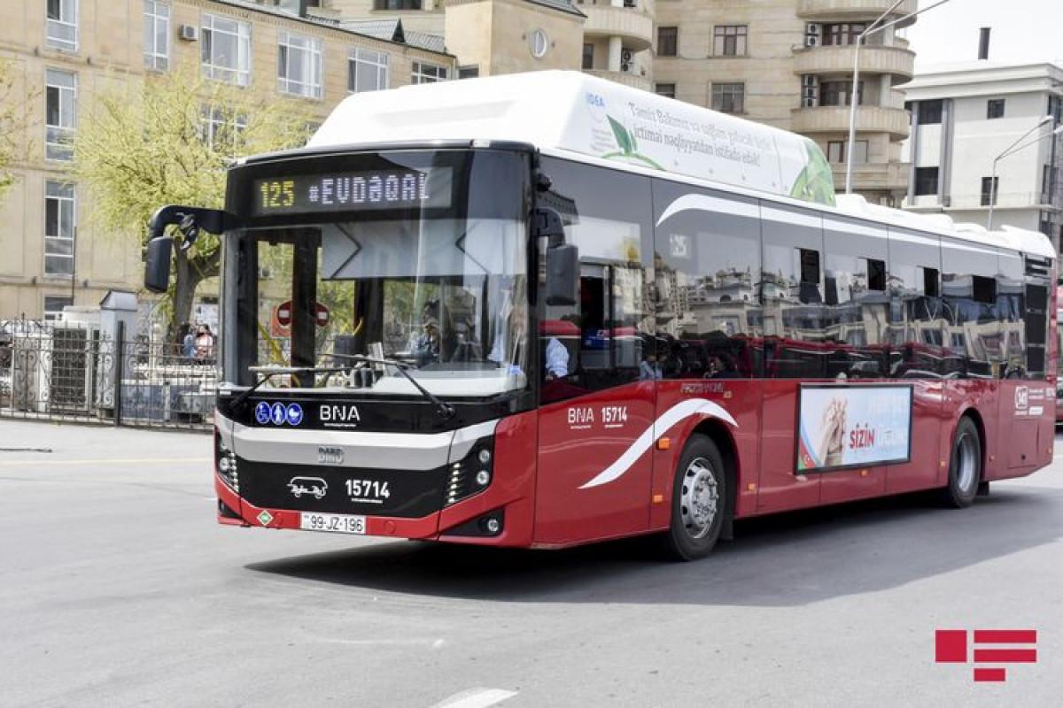 Bazar günü Bakıda müntəzəm marşrut xətləri üzrə avtobusla sərnişindaşıma dayandırılır