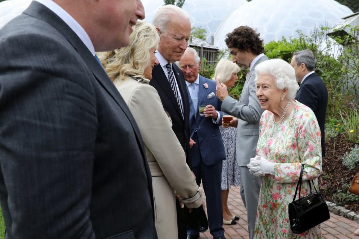 Байден нарушил протокол на саммите G7