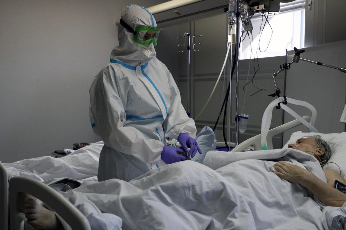 Треть британцев, умерших от индийского штамма коронавируса, были привиты