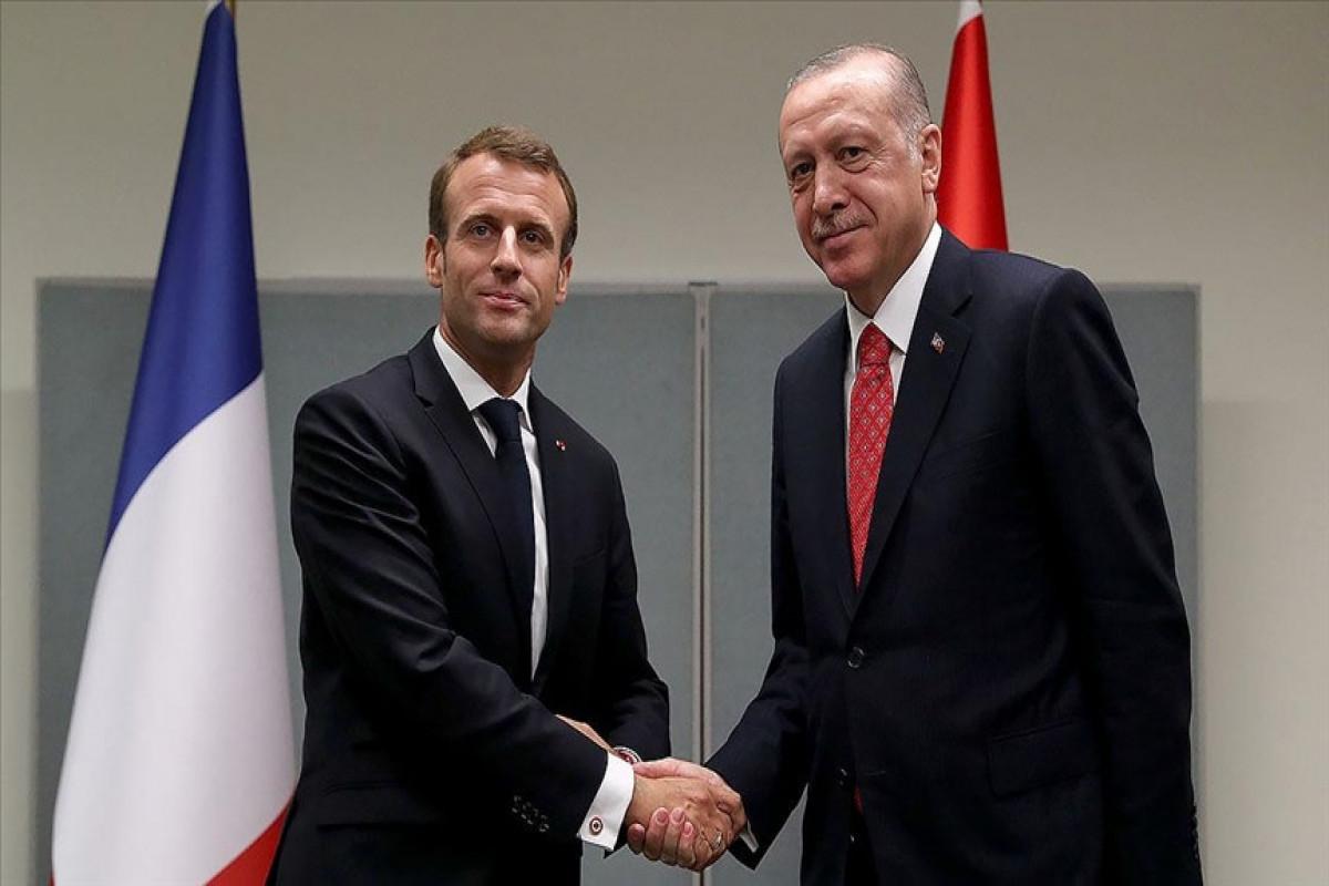 """Завершилась встреча Эрдогана и Макрона -<span class=""""red_color"""">ОБНОВЛЕНО"""