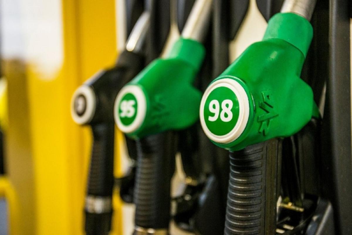 Импорт бензина AI-95 и AI-98 в Азербайджан в этом году резко увеличился