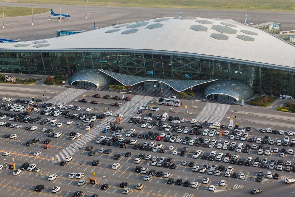 В прошлом месяце в Азербайджане воздушным транспортом было перевезено 63 тысячи пассажиров