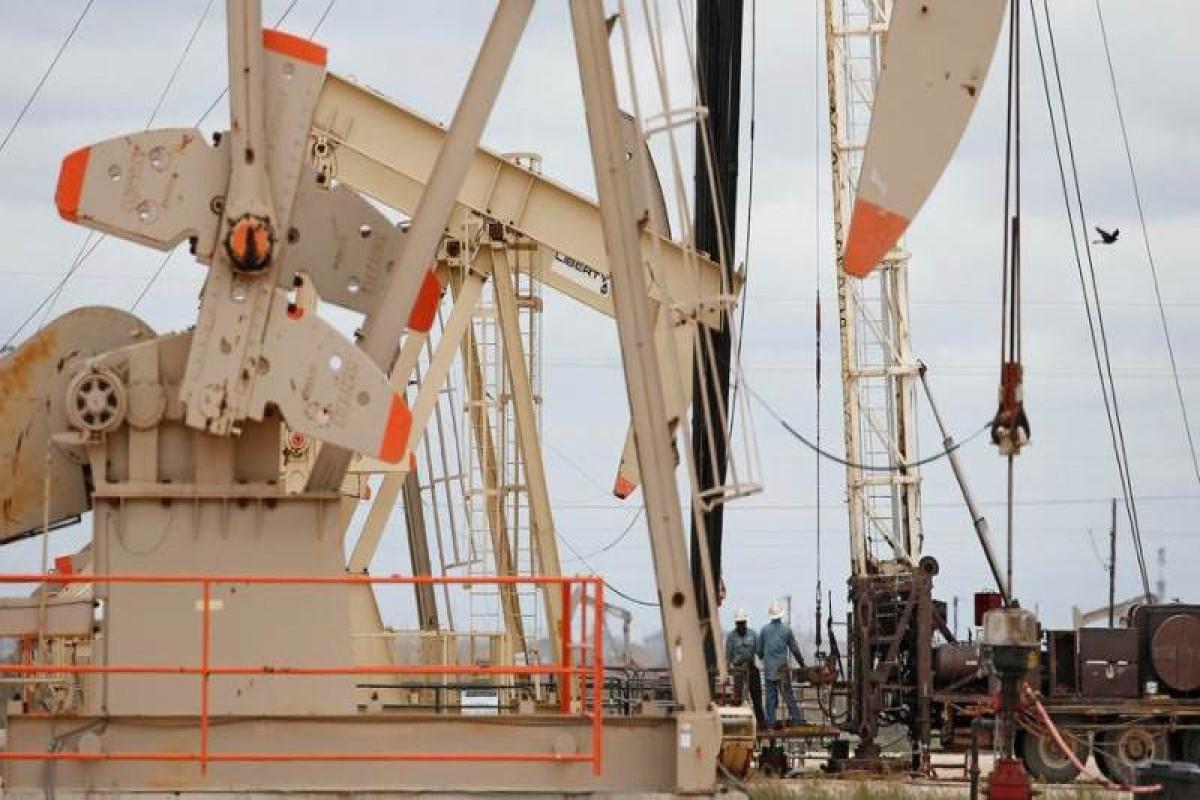 Oil prices hit 26-month high on recovery optimism