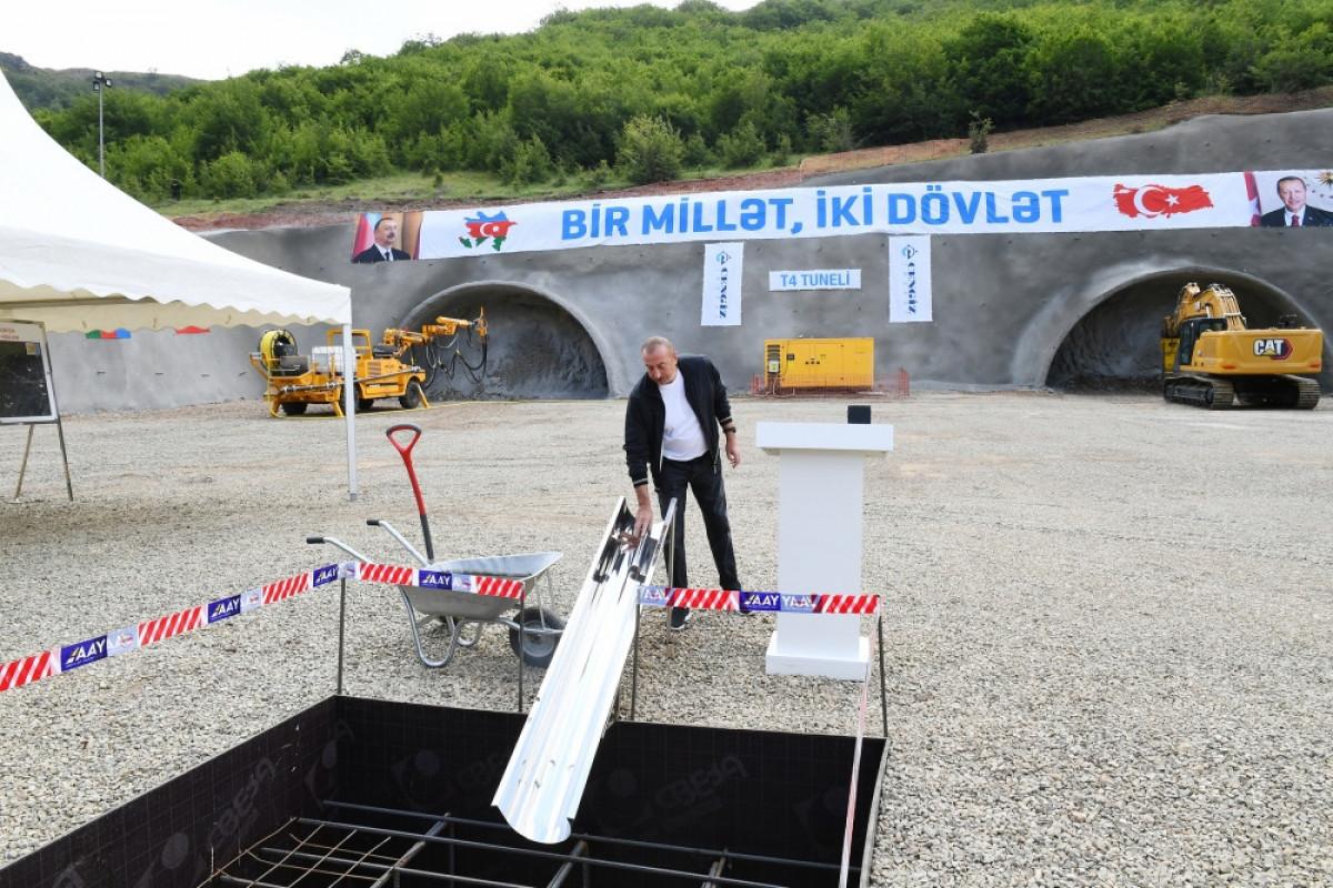 "Президент Ильхам Алиев заложил фундамент туннеля на автодороге Ахмедбейли-Физули-Шуша-<span class=""red_color"">ОБНОВЛЕНО-<span class=""red_color"">ФОТО"